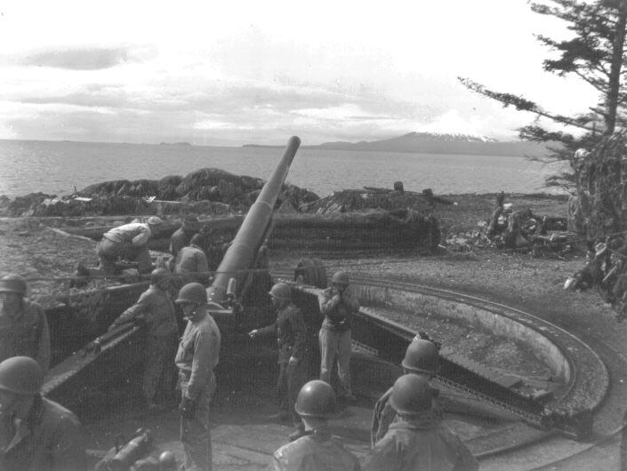 155 mm gun about to be fired